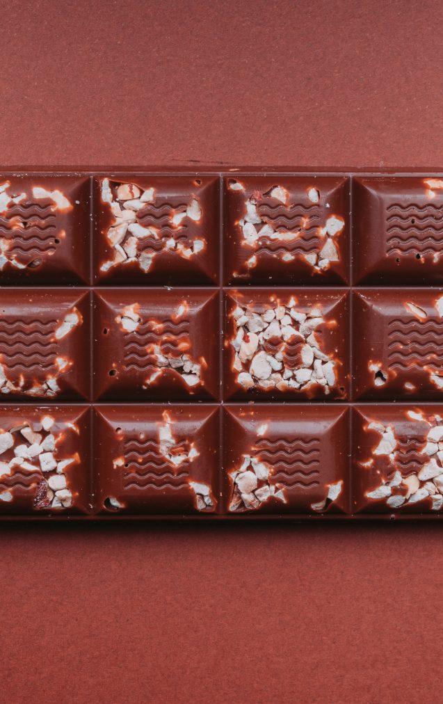 Tablettes de chocolat garnies